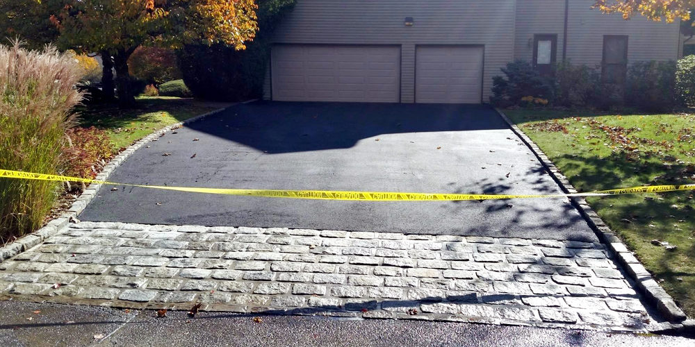 Best Way To Repair Cracks In Concrete Driveway